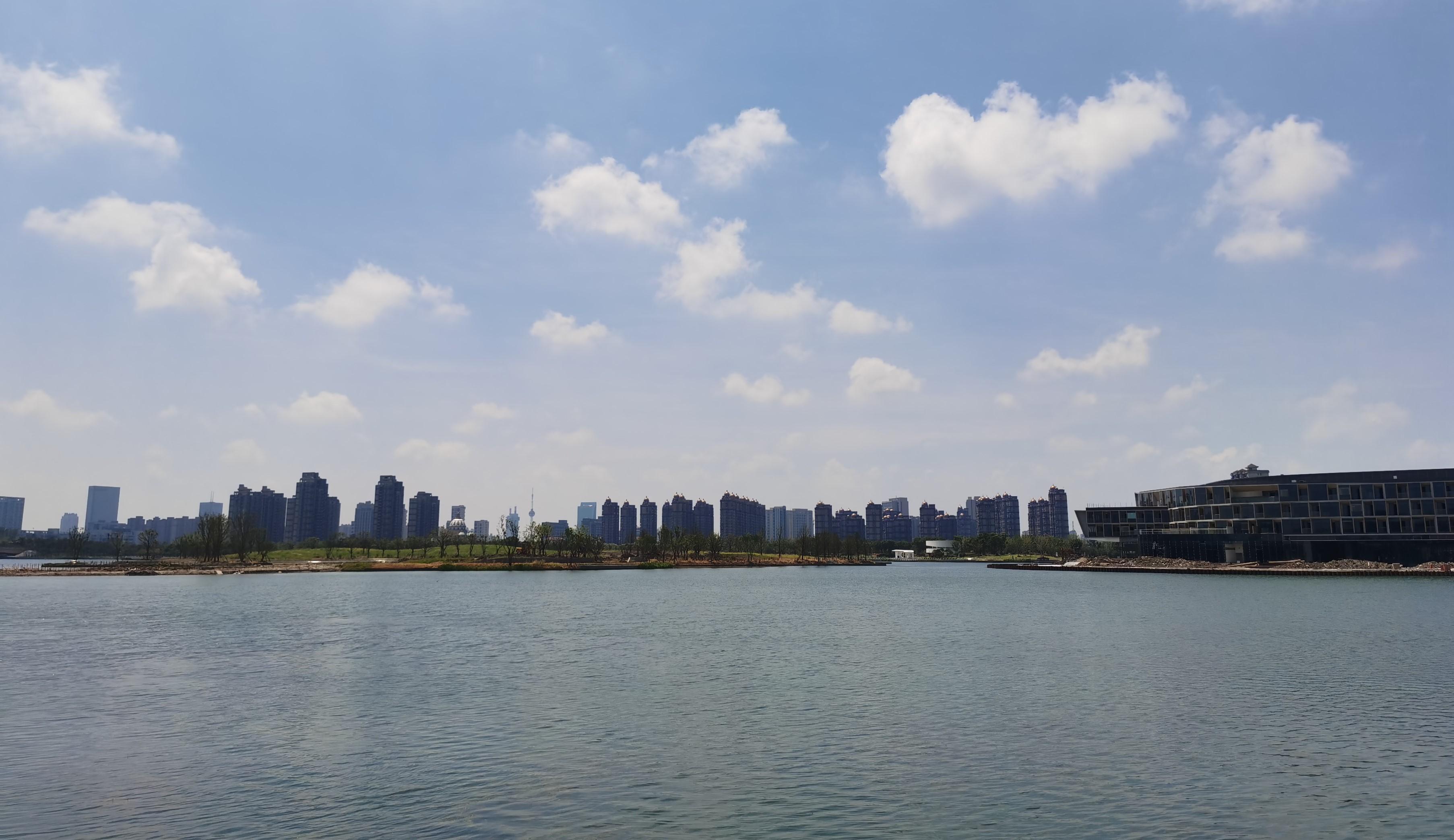 金海湖天际线